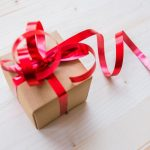 How to select the right Anniversary Gift